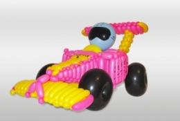Гоночная машинка Формула-1 из шаров